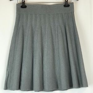 NWT ANN TAYLOR Gray Flare Mini Skirt, Size Small